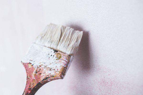Vad du bör tänka på när du väljer inomhusfärg